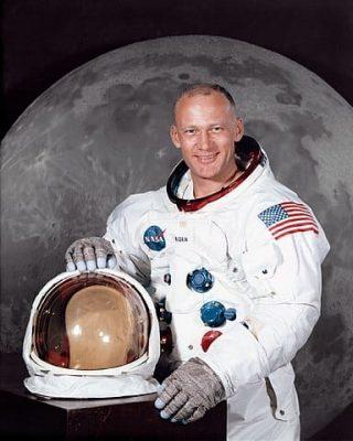 384px-Buzz_Aldrin_(S69-31743)